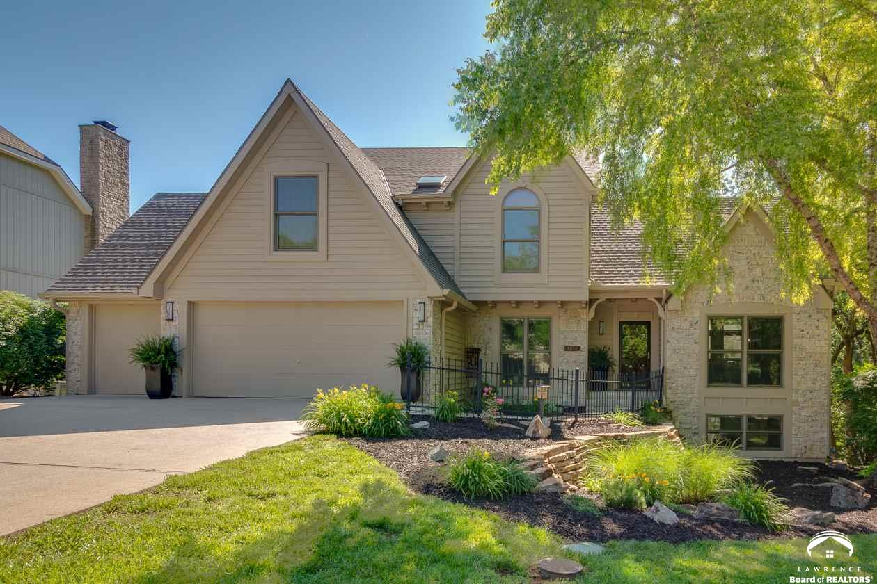 1236 Inverness Drive, Lawrence, KS 66049