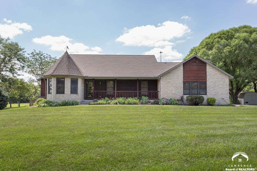 1743 N 600 RD, Baldwin City, KS 66006