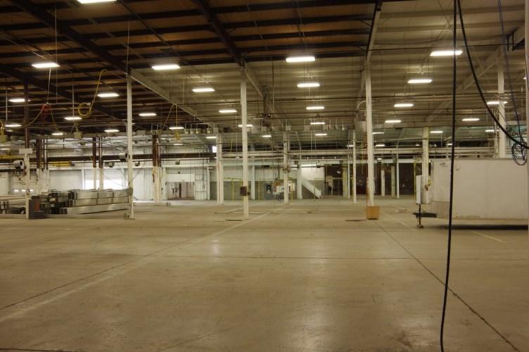 100 Center Street, Galesburg, KS 66740
