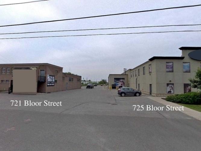 721-725 Bloor St W, Oshawa, ON L1J 5Y6