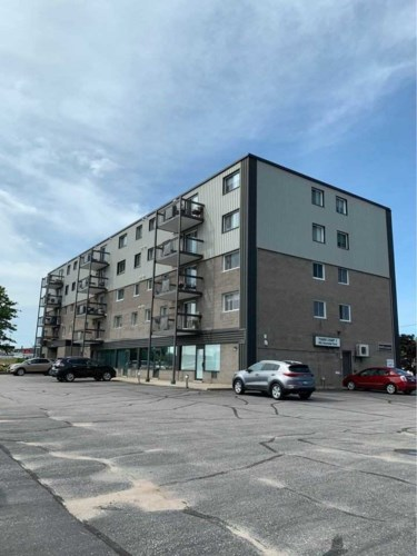 955 Stockdale Rd #203, North Bay, ON P1B 9S5