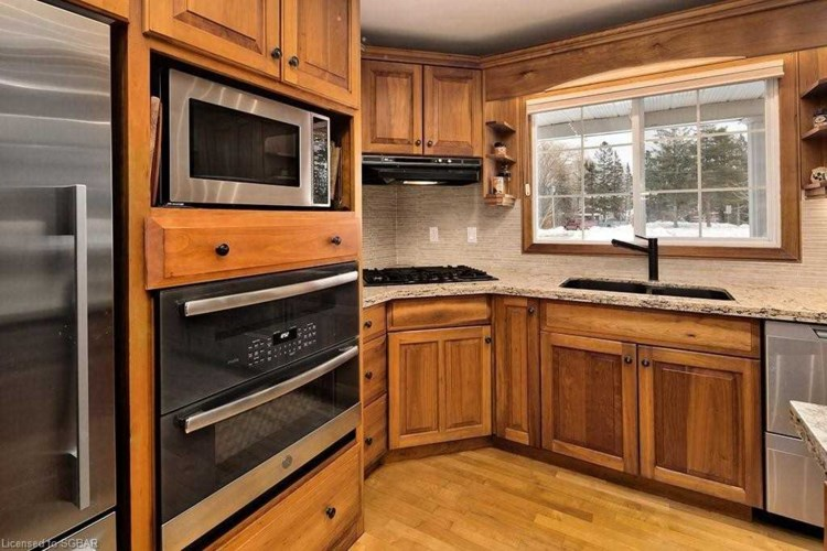 364 Sykes St S, Meaford, ON N4L 1C7