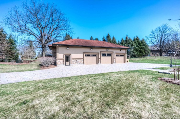 1447 Huron Rd, Wilmot, ON N0B 2H0