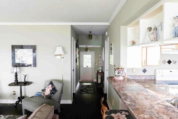 10557 Lakeshore Rd W, Port Colborne, ON L3K 5V4