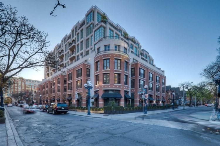 118 Yorkville Ave #703, Toronto, ON M5R1C2