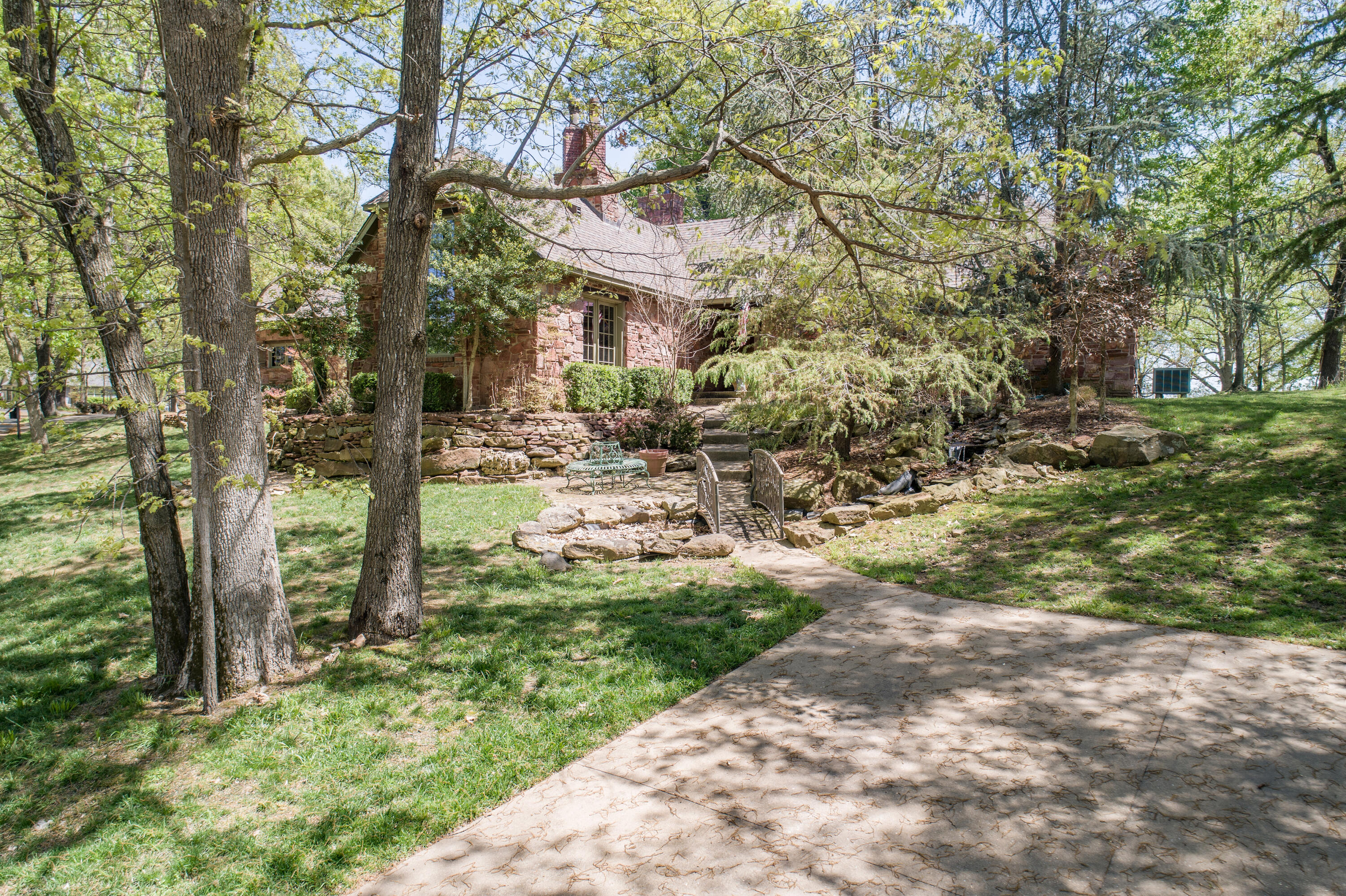 34420 S Coves Dr , Afton, OK 74331