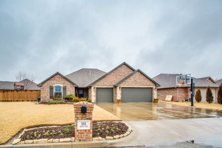 502 Grizzly Lane, Enid, OK 73703