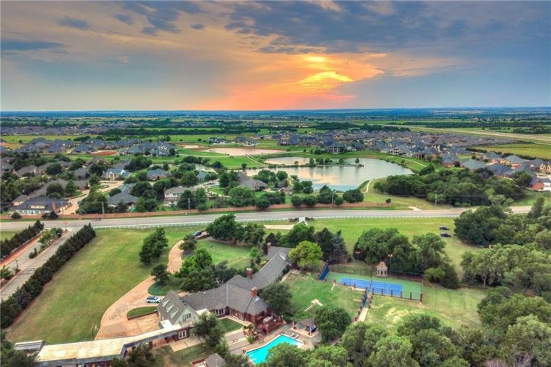 13200 N COUNCIL RD, Oklahoma City, OK 73142