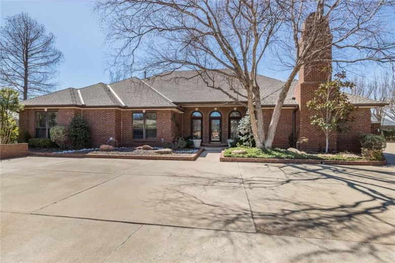 5017 ECHO GLEN CIR, Oklahoma City, OK 73142