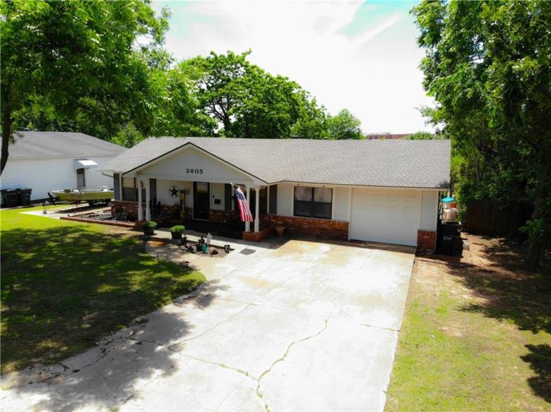 2605 MICKEY RD, Del City, OK 73115