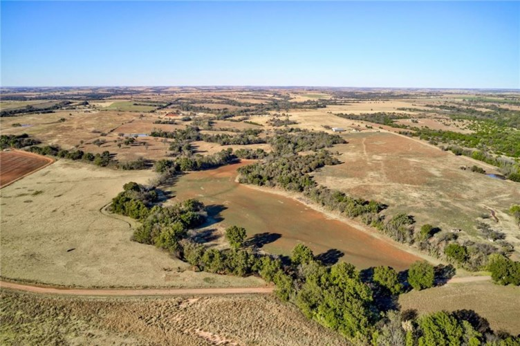 4362 W COUNTY ROAD 69, Mulhall, OK 73063