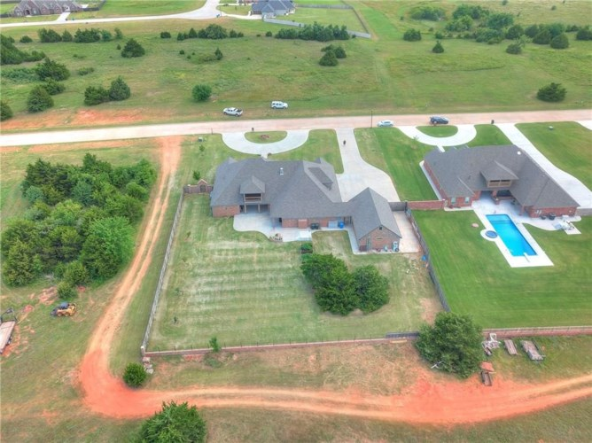 3131 FIREFLY DR, Norman, OK 73071