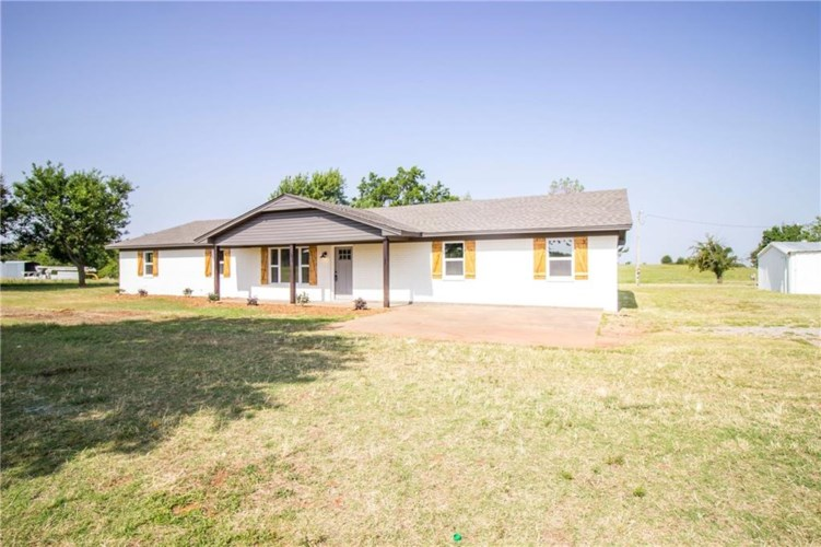 949 COUNTY ROAD 1610, Marlow, OK 73055