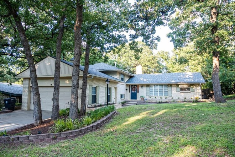 2004 N BRIARCLIFF AVE, Bethany, OK 73008