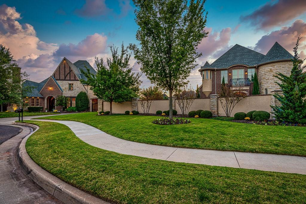 17105 HAWKS RIDGE LN, Edmond, OK 73012