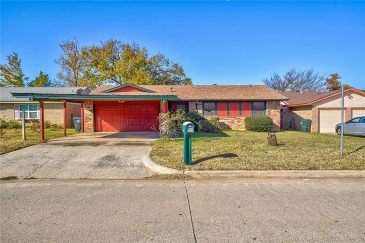 409 WOODLAND DR, Midwest City, OK 73130
