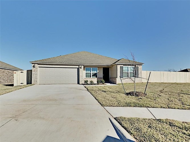 1008 N SCOUTS COURT WAY, Mustang, OK 73064
