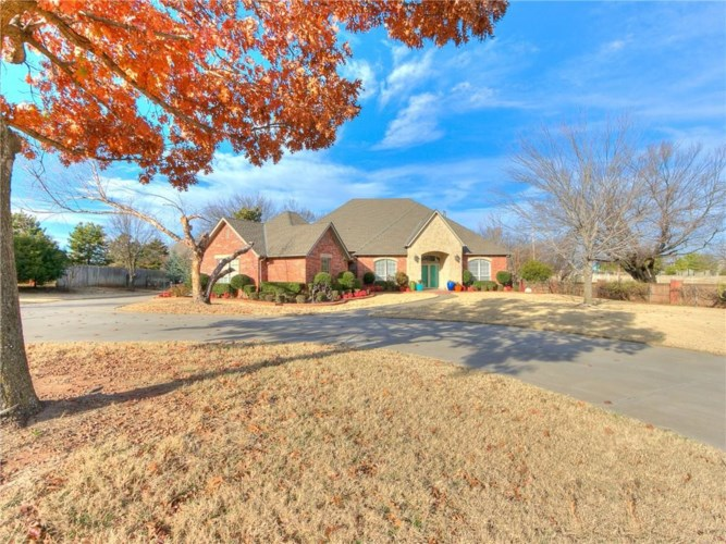 1501 SW 38TH ST, Moore, OK 73160