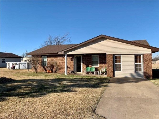 202 CLEARVIEW DR, Amber, OK 73004
