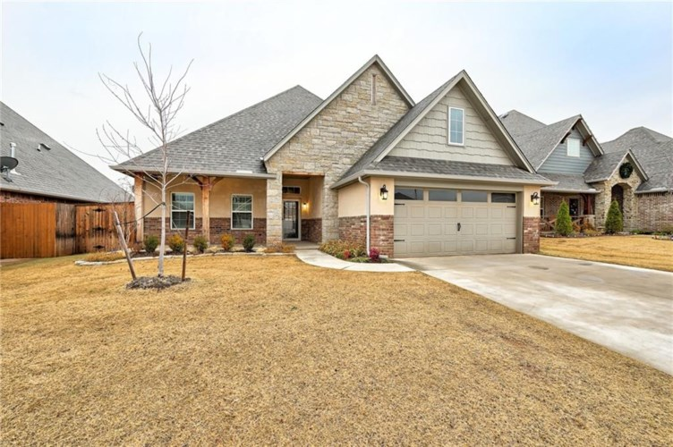 18709 HIDDEN HILL TER, Edmond, OK 73012