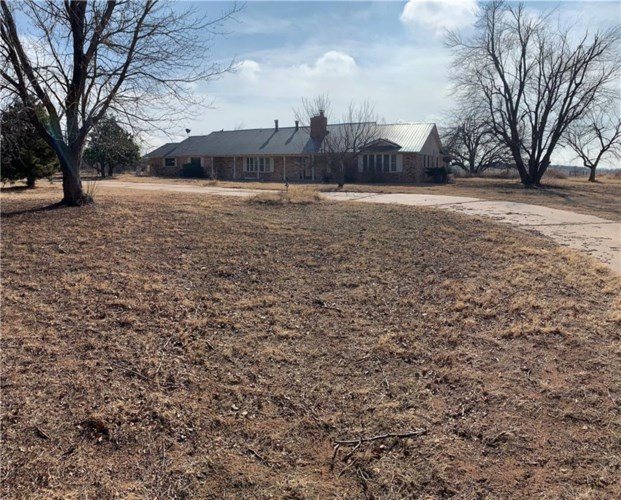 10193 COUNTY ROAD 1240 RD, Fort Cobb, OK 73038