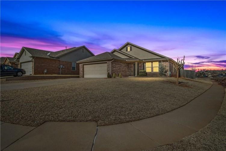 9501 SW 26TH ST, Oklahoma City, OK 73128