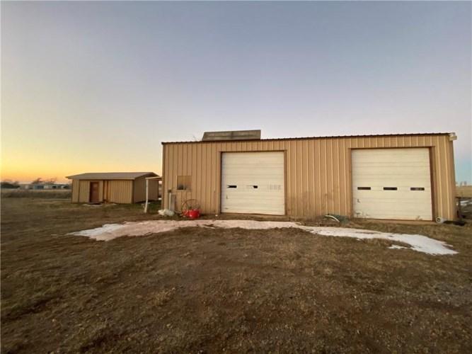11558 N 1970 RD, Elk City, OK 73644