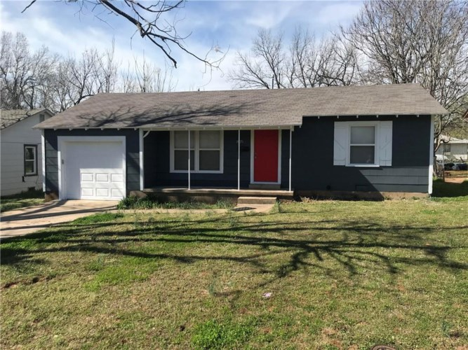 1021 S HOLLY LN, Midwest City, OK 73110