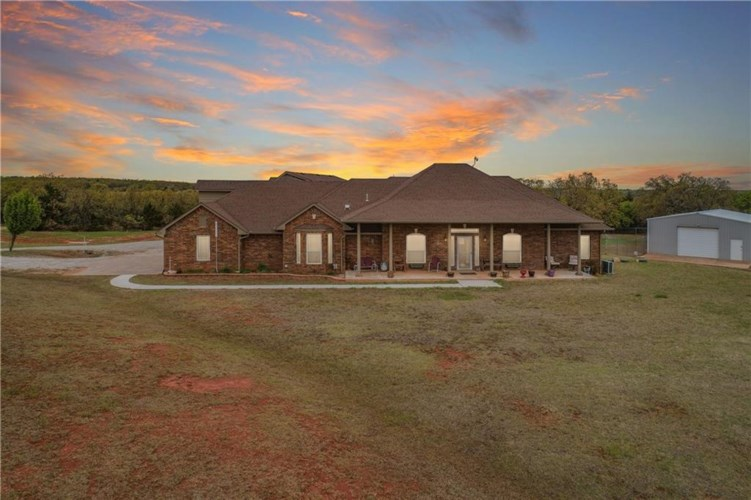 22700 N EIGHTY ACRES RD, Luther, OK 73054