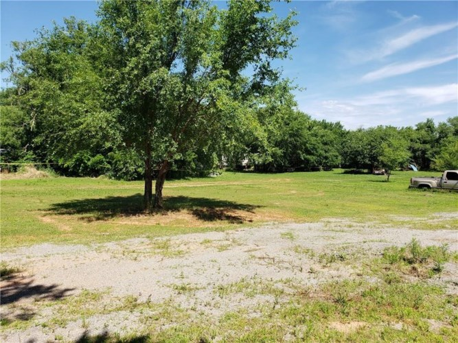 1641 E STATE HIGHWAY 152, Mustang, OK 73064