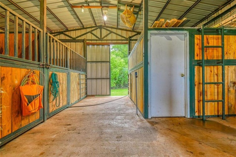 24910 END OF TRAIL AVE., Purcell, OK 73080