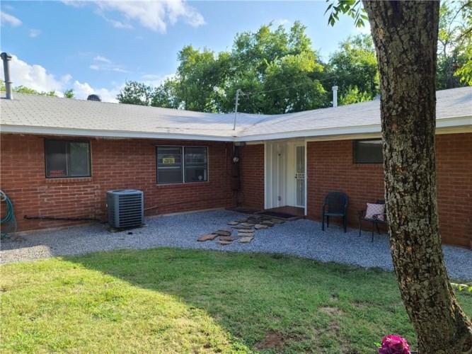 1700 NE 69TH ST, Oklahoma City, OK 73111