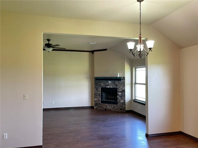36830 RAY RD, Wanette, OK 74878