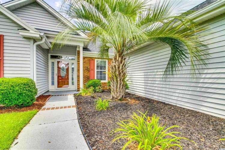 223 Candlewood Dr., Conway, SC 29526