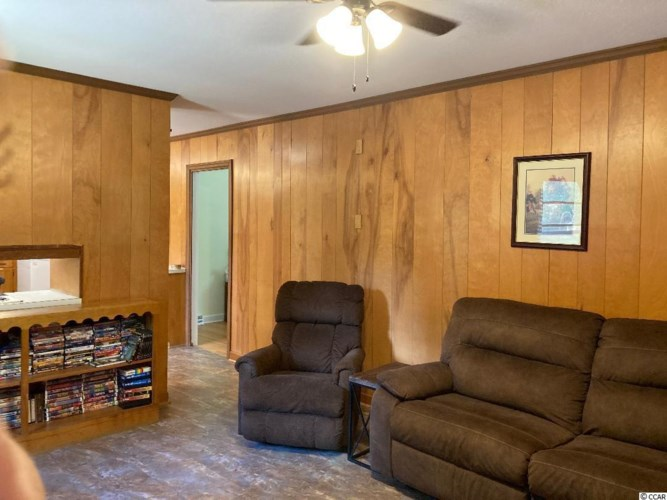 405 Witherspoon Rd., Kingstree, SC 29556