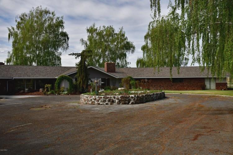 8540-2  Fort Rd, Wapato, WA 98951