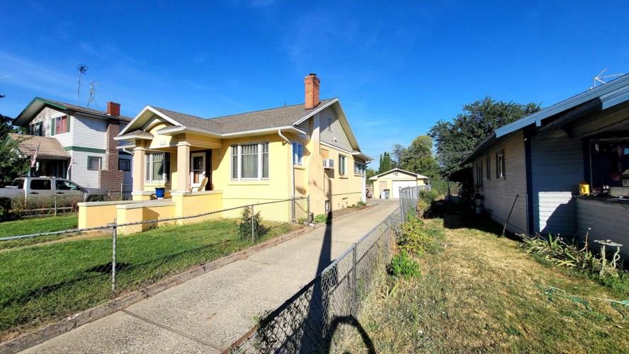 411 S 16TH Ave, Yakima, WA 98902