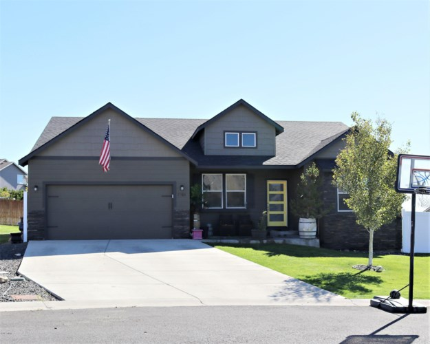 5304  Blackstone Ct, Yakima, WA 98901