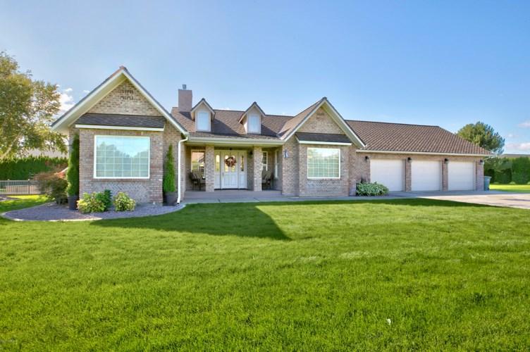 8216  Midvale Rd, Yakima, WA 98908