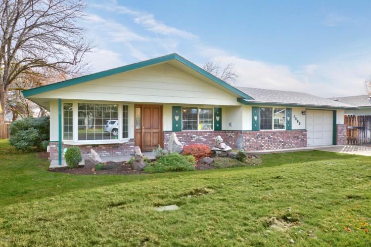 1403 S 29th Ave, Yakima, WA 98902
