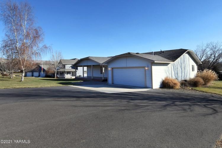 5500  Garden Terrace Ln, Yakima, WA 98901