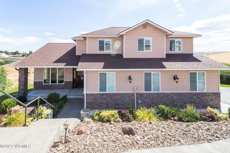 514  Viewmont Dr, Yakima, WA 98908
