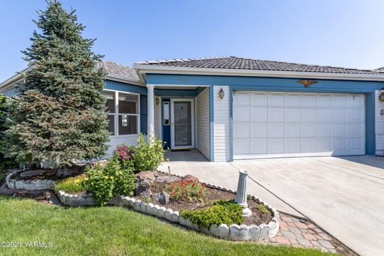 4933  Cherry Park Ct, Yakima, WA 98908