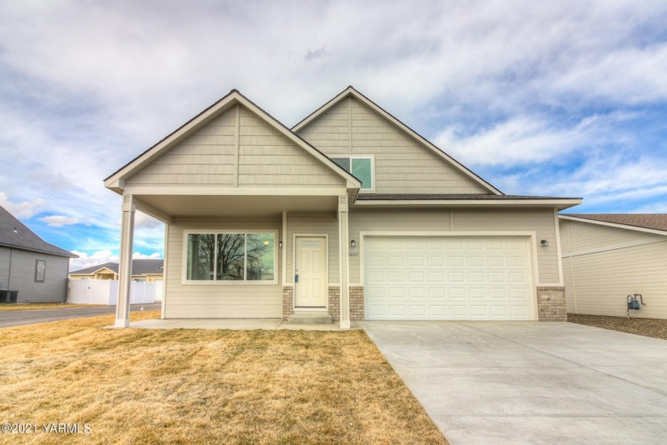 6613  Terry Ave, Yakima, WA 98908