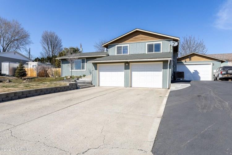 8405  Alpine Way, Yakima, WA 98908
