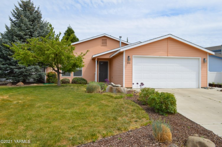 8905  Margaret Ct, Yakima, WA 98908