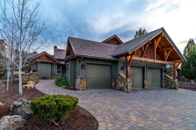 66105 Pronghorn Estates Drive, Bend, OR 97701