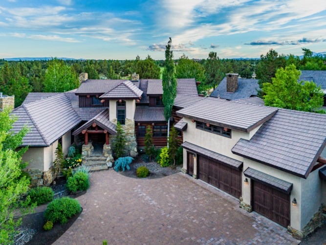 23087 Watercourse Way, Bend, OR 97701