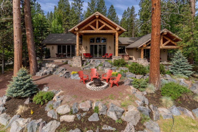 55070 Forest Lane, Bend, OR 97707