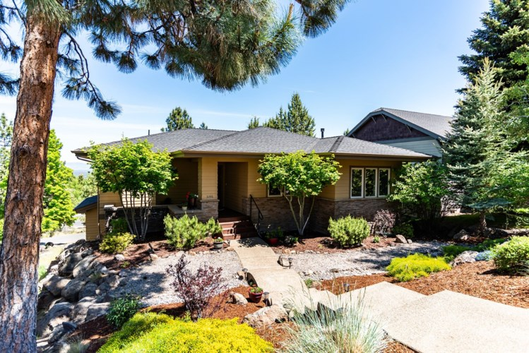 3298 NW Bungalow Drive, Bend, OR 97703